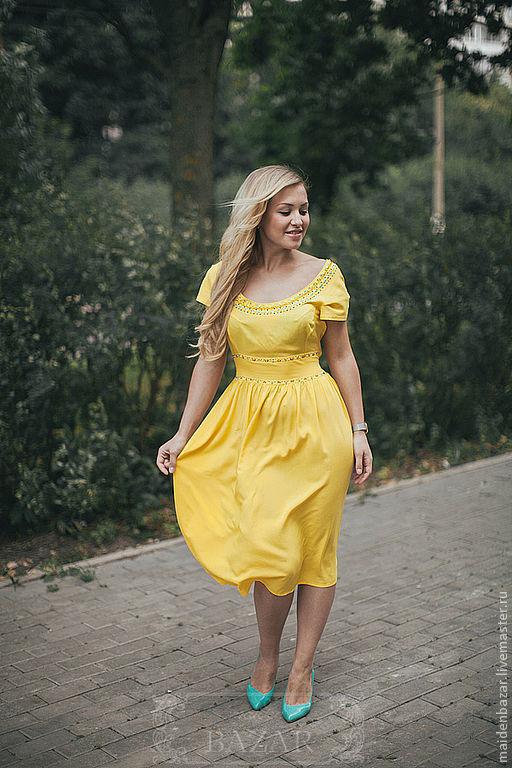 Платья ручной работы. Ярмарка Мастеров - ручная работа. Купить солнечно-желтое летнее платье с вышивкой бисером. Handmade. Желтый