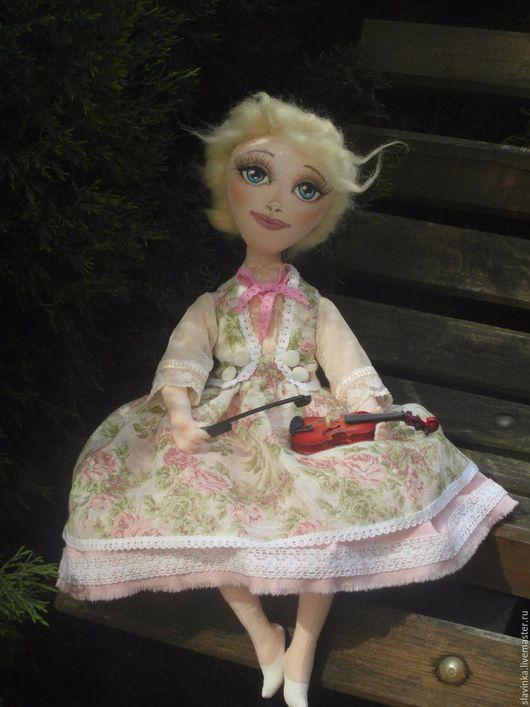 Коллекционные куклы ручной работы. Ярмарка Мастеров - ручная работа. Купить Адолин. Handmade. Салатовый, подарок девушке, скрипка, хлопок