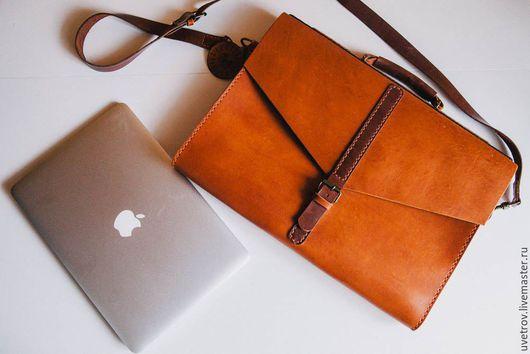 """Сумки для ноутбуков ручной работы. Ярмарка Мастеров - ручная работа. Купить Рыжая сумка """"широкоформатная"""". Handmade. Рыжий, натуральная кожа"""