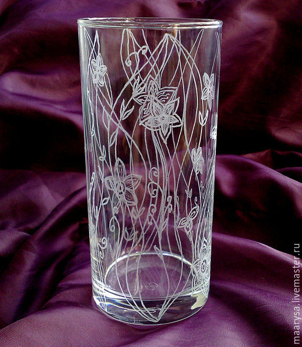 """Мини-ваза """"Цветочная вуаль"""". Роспись стекла. Ручная гравировка"""