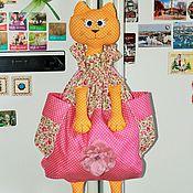 Для дома и интерьера ручной работы. Ярмарка Мастеров - ручная работа Пакетница - Кошка в розовом. Handmade.