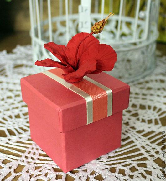 """Подарочная упаковка ручной работы. Ярмарка Мастеров - ручная работа. Купить Коробочка для подарка """"Гибискус"""". Handmade. Цветы ручной работы"""