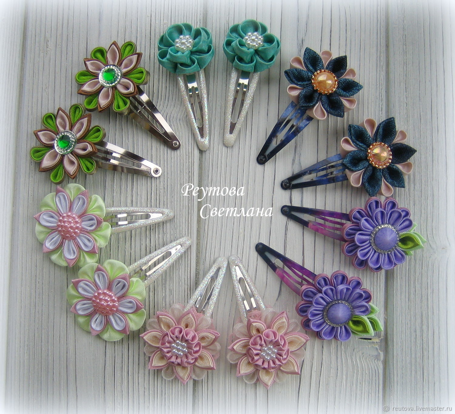 Hair clips with Pink flowers - 400 RUB/pair of hair Clips with Iavicoli - 350 RUB/pair