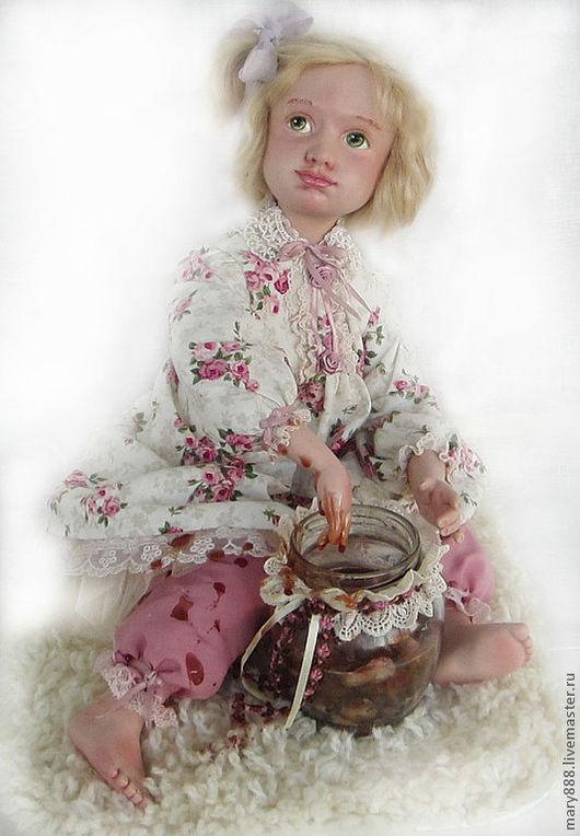 """Коллекционные куклы ручной работы. Ярмарка Мастеров - ручная работа. Купить """"Розовое варенье"""". Handmade. Фарфоровая кукла, банка с вареньем"""
