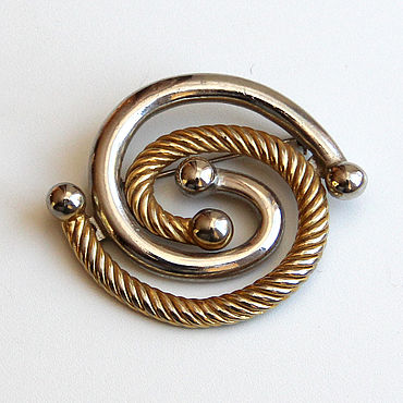 Vintage. Livemaster - original item Vintage gold and silver tone brooch. Handmade.