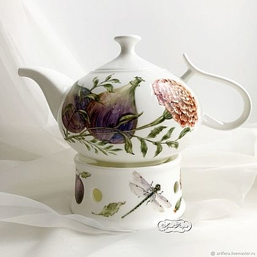 Tableware handmade. Livemaster - original item Porcelain painting Teapot heated Figs and Plums. Handmade.