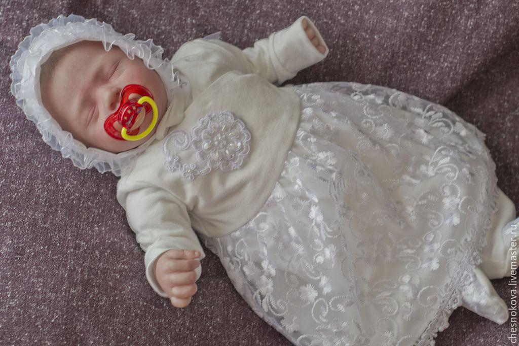 Платья для выписки из роддома новорожденного
