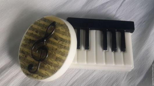 """Мыло ручной работы. Ярмарка Мастеров - ручная работа. Купить Набор мыла""""Музыкальный"""". Handmade. Чёрно-белый, музыкальные инструменты, музыканту"""