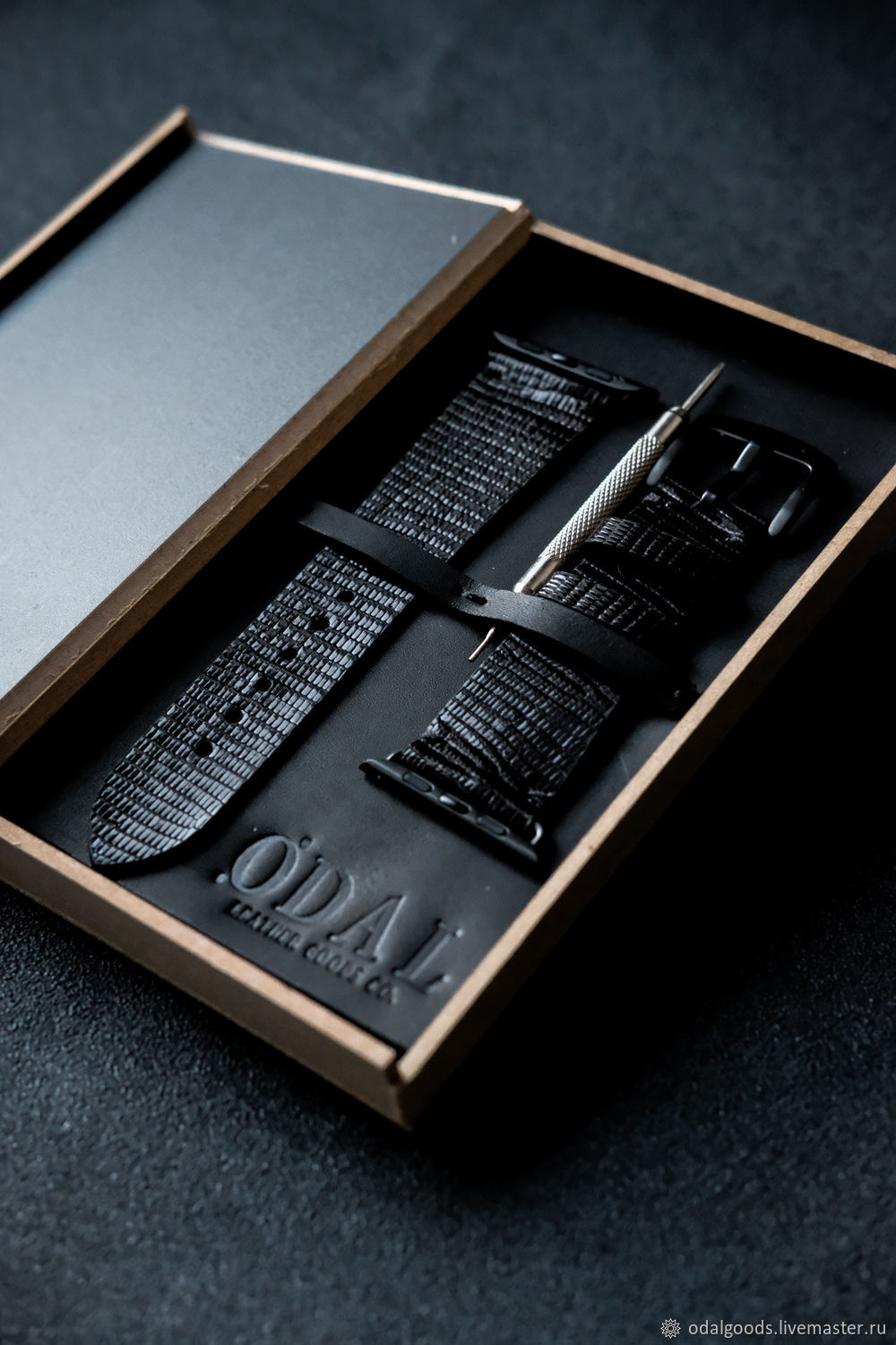 Genuine Monitor Lizard Leather Strap for Apple Watch-Black, Watch Straps, St. Petersburg,  Фото №1