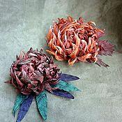 Украшения ручной работы. Ярмарка Мастеров - ручная работа брошь заколка  цветок  натуральный шелк коричневые цвета. Handmade.