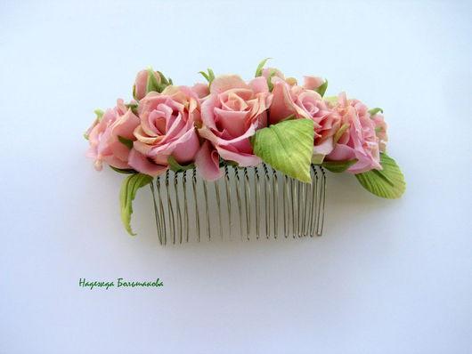 Диадемы, обручи ручной работы. Ярмарка Мастеров - ручная работа. Купить Цветы из ткани, шелка. Гребень с розами из шелка. Handmade.