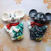 Магниты ручной работы. Ярмарка Мастеров - ручная работа Магнит на холодильник мышь из пластмассы. Handmade.