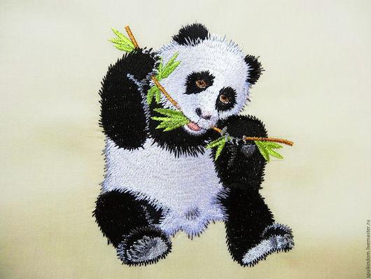 Подушка декоративная с вышивкой `Панда` `Шпулькин дом` мастерская вышивки