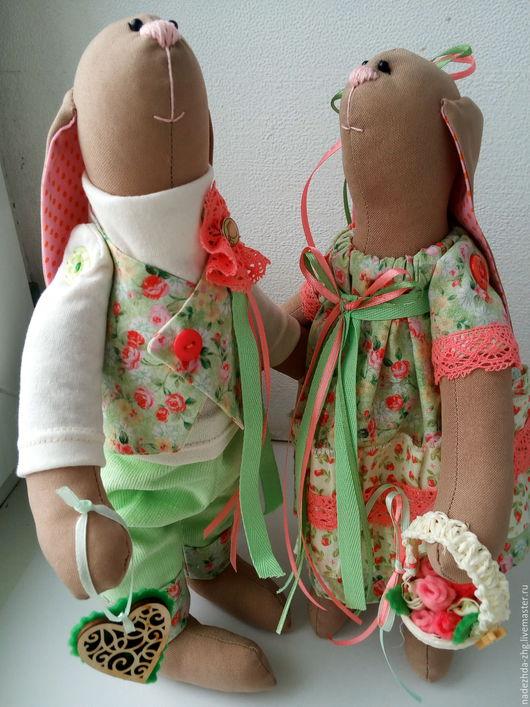 Игрушки животные, ручной работы. Ярмарка Мастеров - ручная работа. Купить Пара зайцев в стиле тильда игрушки интерьерные. Handmade.