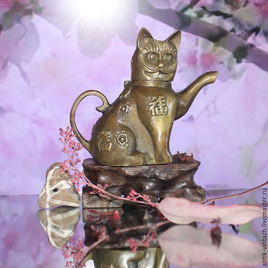 """Винтажная посуда. Ярмарка Мастеров - ручная работа. Купить Винтажный чайник """"кошка"""", латунь, Китай. Handmade. Чайник, символ благополучия"""
