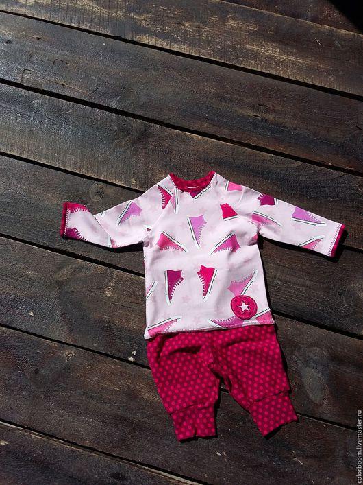 """Для новорожденных, ручной работы. Ярмарка Мастеров - ручная работа. Купить Хлопковый костюмчик для новорожденного """"Кеды"""". Handmade. Розовый, на выписку"""