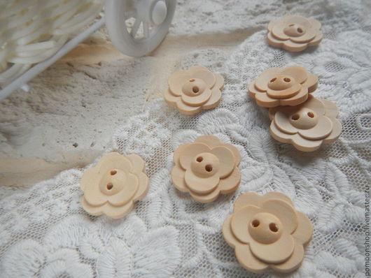 """Шитье ручной работы. Ярмарка Мастеров - ручная работа. Купить Пуговицы деревянные """"Цветок"""" 2 см. Handmade. Бежевый, пуговица"""