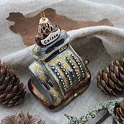 Елочные игрушки ручной работы. Ярмарка Мастеров - ручная работа Елочная игрушка из папье-маше Старинный кассовый аппарат. Handmade.