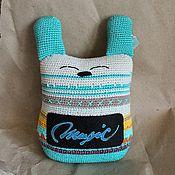 Куклы и игрушки ручной работы. Ярмарка Мастеров - ручная работа Голубой вязанный кролик подушечка - Талси. Handmade.