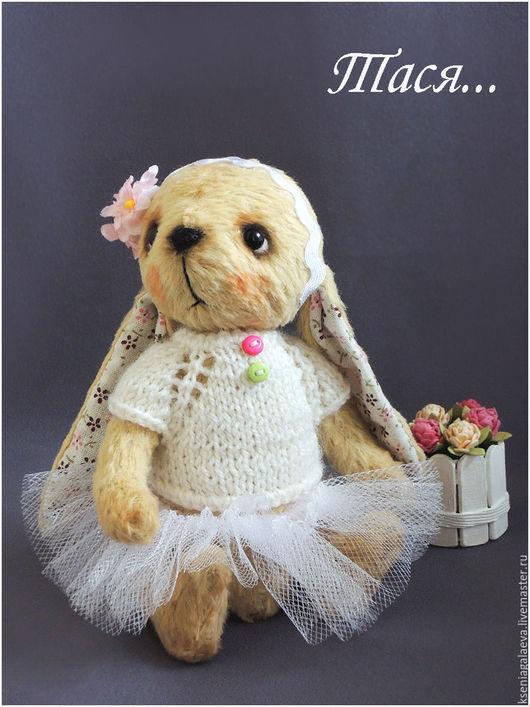 Мишки Тедди ручной работы. Ярмарка Мастеров - ручная работа. Купить Тася.... Handmade. Белый, зайка игрушка, теддик