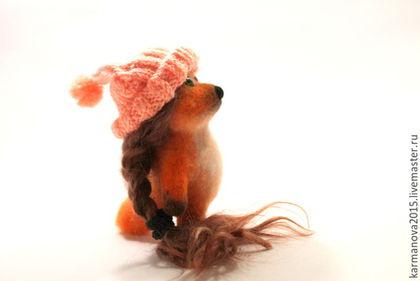 Игрушка из шерсти Лисичка с косичкой в розовой шапочке  (рыжий, розовый)  Нежное настроение Игрушки ручной работы. Войлочные игрушки ручной работы. Ярмарка Мастеров - ручная работа.