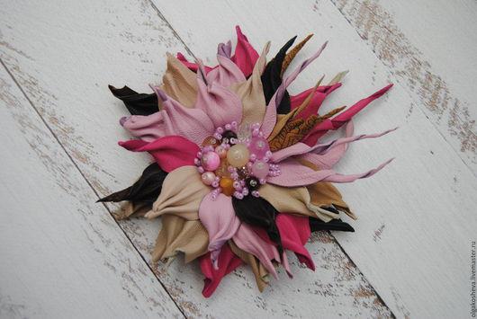"""Броши ручной работы. Ярмарка Мастеров - ручная работа. Купить Брошь из кожи  """"Розовая мечта"""". Handmade. Брошь, брошь цветок"""