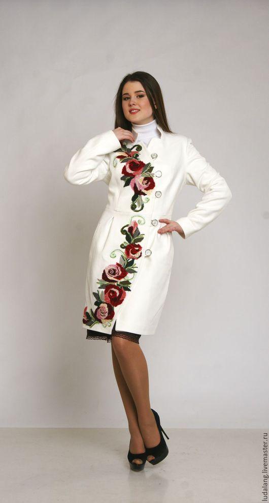 Верхняя одежда ручной работы. Ярмарка Мастеров - ручная работа. Купить Пальто белое  Алая  роза. Handmade. Весеннее пальто