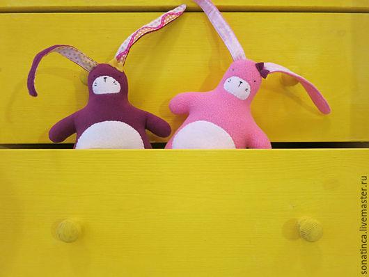 Игрушки животные, ручной работы. Ярмарка Мастеров - ручная работа. Купить Зайцы. Handmade. Розовый, заяц из флиса, интерьерная игрушка