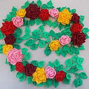 Аксессуары ручной работы. Ярмарка Мастеров - ручная работа Вязаный шарф с розами. Handmade.