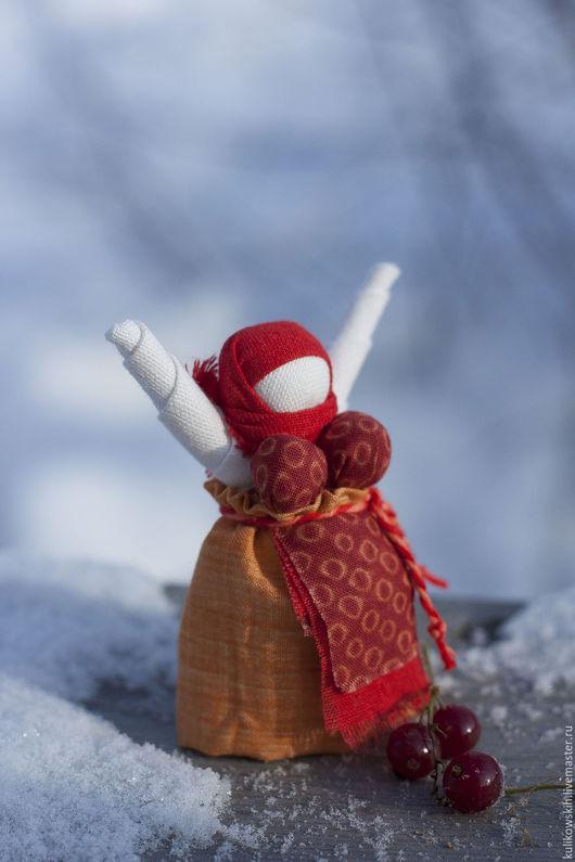 Народные куклы ручной работы. Ярмарка Мастеров - ручная работа. Купить Кукла народная Радостея  Рябинка. Handmade. Радостея, смородина