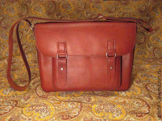 Сумки для ноутбуков ручной работы. Ярмарка Мастеров - ручная работа. Купить Кожаная сумка для ноутбука ручной работы. Handmade. Бордовый