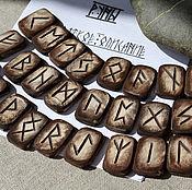 Фен-шуй и эзотерика ручной работы. Ярмарка Мастеров - ручная работа Руны деревянные бук тонированный скандинавские с описанием. Handmade.