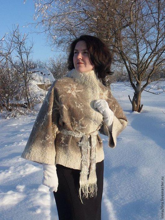 """Пиджаки, жакеты ручной работы. Ярмарка Мастеров - ручная работа. Купить Валяный жакет """"Зимняя прогулка"""". Handmade. Бежевый"""