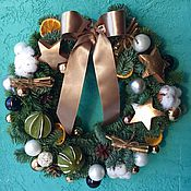 Подарки к праздникам ручной работы. Ярмарка Мастеров - ручная работа Рождественский венок из живой ели. Handmade.