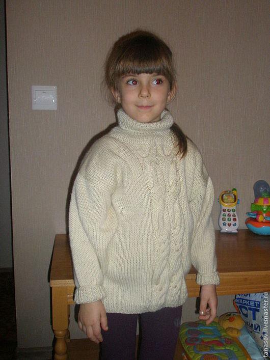 Одежда для девочек, ручной работы. Ярмарка Мастеров - ручная работа. Купить Белый свитер для девочки. Handmade. Белый, белый свитер