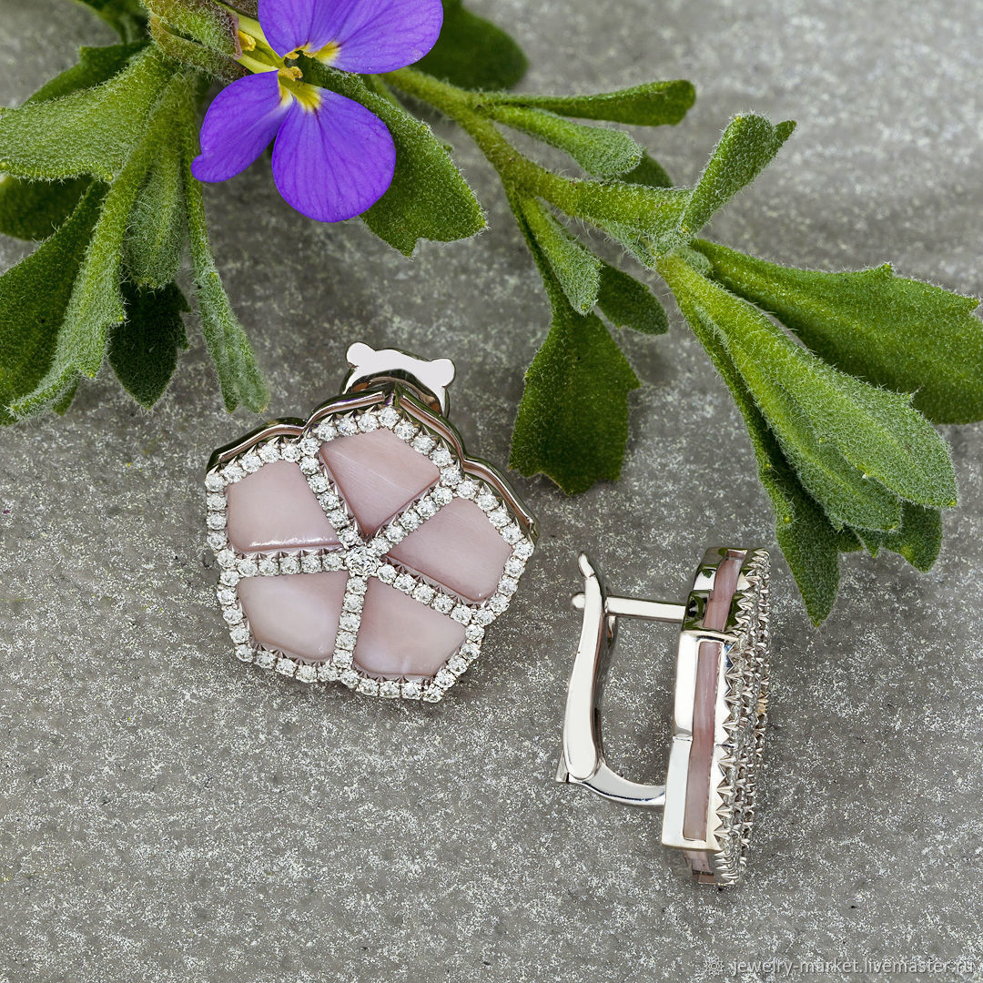 Elegant white gold earrings with diamonds and pink mother of pearl, Earrings, Ekaterinburg,  Фото №1