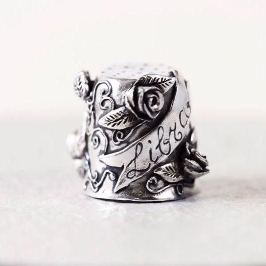 Миниатюрные модели ручной работы. Ярмарка Мастеров - ручная работа. Купить Серебряный сувенирный наперсток LIBRA. Handmade. Наперсток