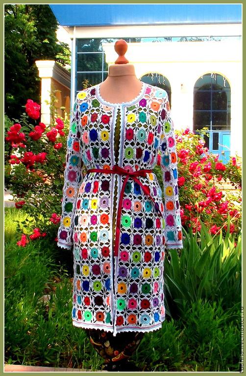 Летнее вязаное крючком пальто Пальто вязаное разноцветное Кардиган яркий вязаный Пальто-кардиган цветной