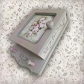 Для дома и интерьера ручной работы. Ярмарка Мастеров - ручная работа Ключница Розовый туман (ключница настенная, ключница-шкафчик). Handmade.