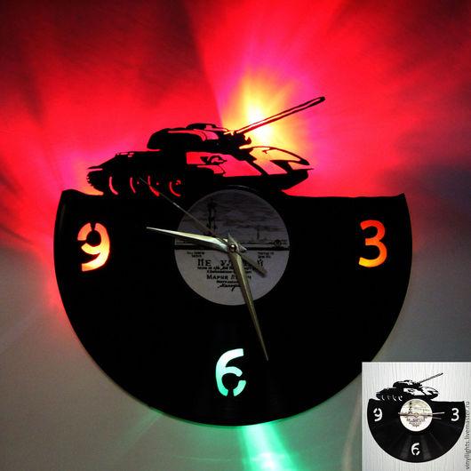 Часы для дома ручной работы. Ярмарка Мастеров - ручная работа. Купить Часы из пластинки Т-34. Handmade. Черный, светодиоды