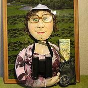 Куклы и игрушки ручной работы. Ярмарка Мастеров - ручная работа Кукла по фотографии Мама турист). Handmade.
