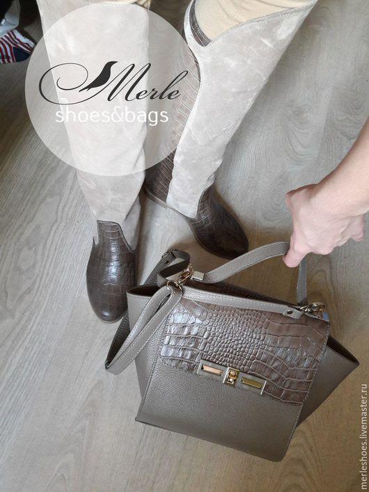 Обувь ручной работы. Ярмарка Мастеров - ручная работа. Купить Сапожки бежевый натуральный замш + кожа с тиснением под крокодила. Handmade.