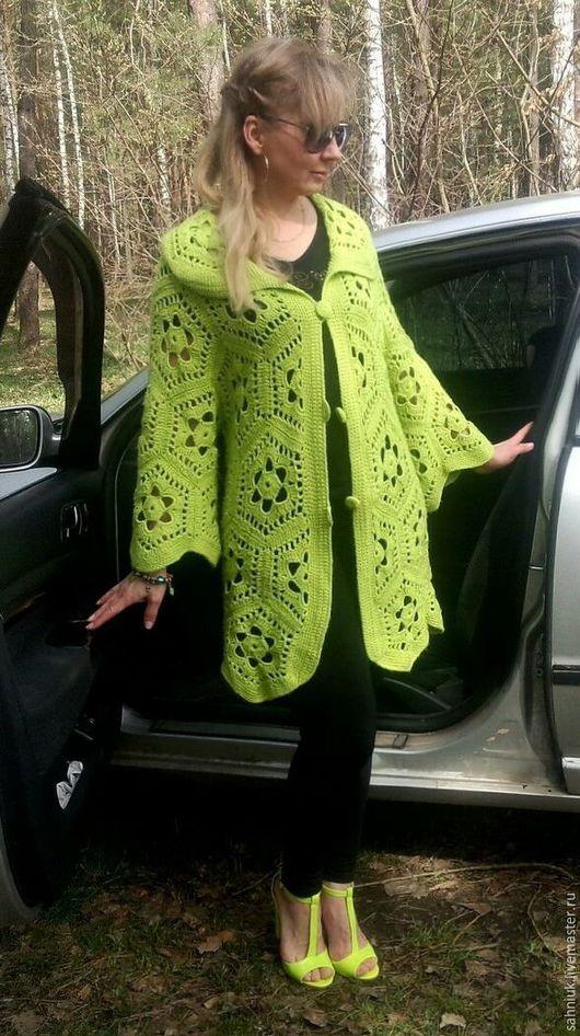 Кофты и свитера ручной работы. Ярмарка Мастеров - ручная работа. Купить Кардиган крючком мотивами Ярко-зеленый. Handmade.