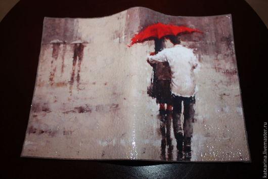"""Обложки ручной работы. Ярмарка Мастеров - ручная работа. Купить Обложка на паспорт """"Двое под дождем"""". Handmade. Обложка на паспорт"""