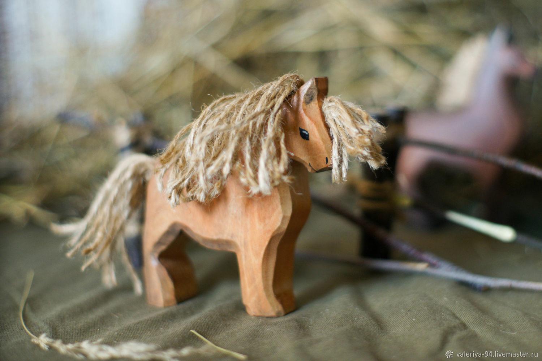 Конь-тяжеловоз, Вальдорфские куклы и звери, Суоярви,  Фото №1