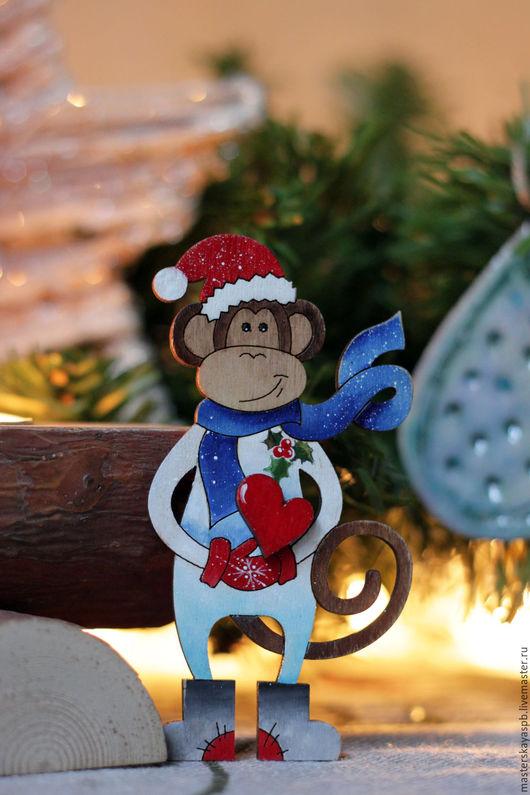 """Новый год 2017 ручной работы. Ярмарка Мастеров - ручная работа. Купить магнит  обезьянка """"Санта"""" (роспись). Handmade. Разноцветный, год обезьяны"""