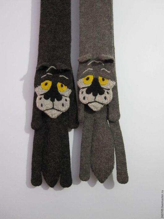 Шарф - Волк ` Ты, это- заходи,если что!` (Авторский шарф ручной вязки из мультика ` Волк и собака`). (Гуськова Екатерина)