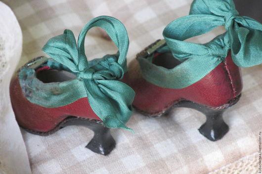 Одежда для кукол ручной работы. Ярмарка Мастеров - ручная работа. Купить Туфельки для  куклы. Handmade. Бордовый, аксессуары для кукол