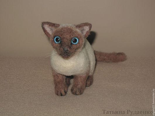 Игрушки животные, ручной работы. Ярмарка Мастеров - ручная работа. Купить Тайская кошка Весси. Handmade. Комбинированный, кот
