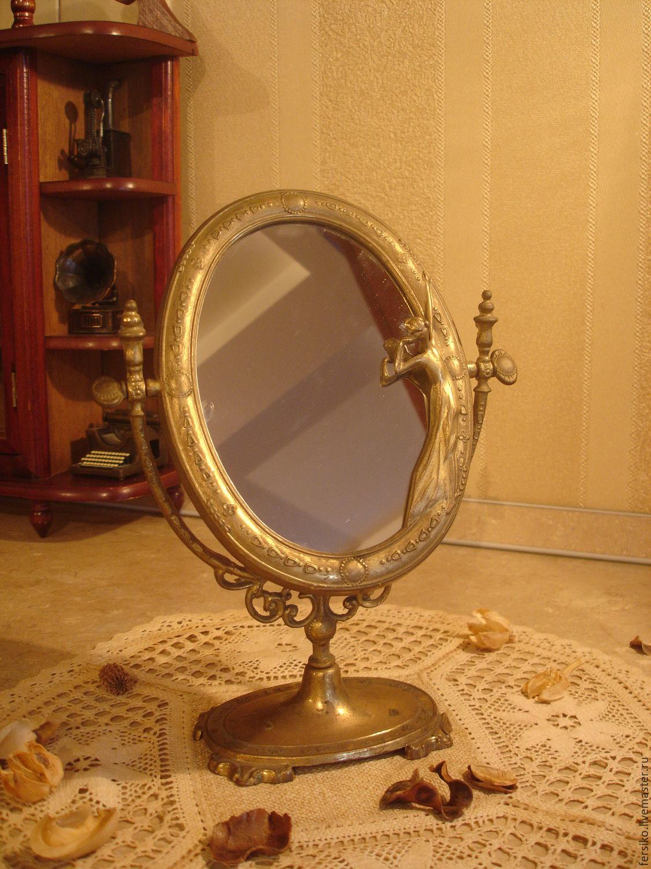 Бесплатно девушка прикрепила к зеркалу фото 329-894